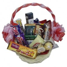 Assorted Chocolate Lover Basket2