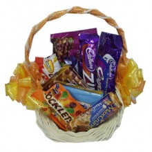 Assorted Chocolate Lover Basket3