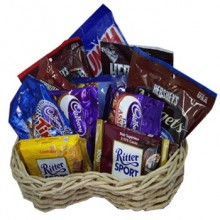 Assorted Chocolate Lover Basket5
