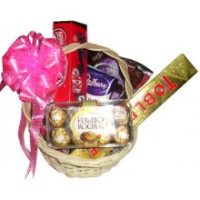 Assorted Chocolate Lover Basket10