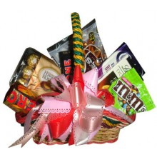 Assorted Chocolate Lover Basket13