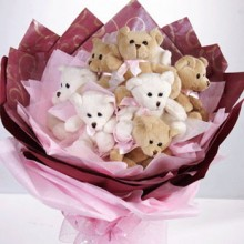 8pcs. Mini Bear in a Bouquet.