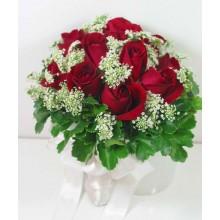 12 Red Roses Handbouquet